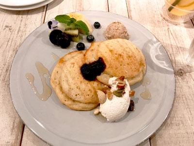 池袋 アインソフ ソアのパンケーキ